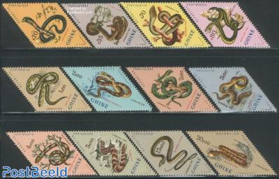 Snakes 12v